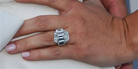 divorce saga continues as kris humphries auctions off engagement ring huffpost