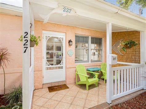 Cocoa Beach Stay Downtown Cottage On The Sp Vrbo