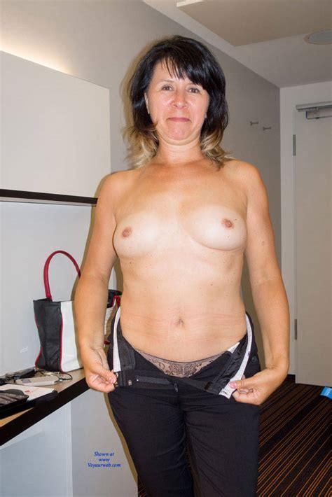 Topless Mature Milf December 2016 Voyeur Web Hall Of Fame