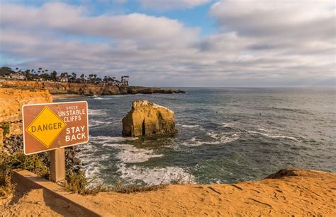 The Surf Breaks Point Loma Ocean Beach Raw
