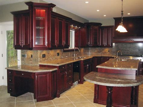 what to look for in kitchen cabinets best cherry kitchen cabinets ideas on pinterest
