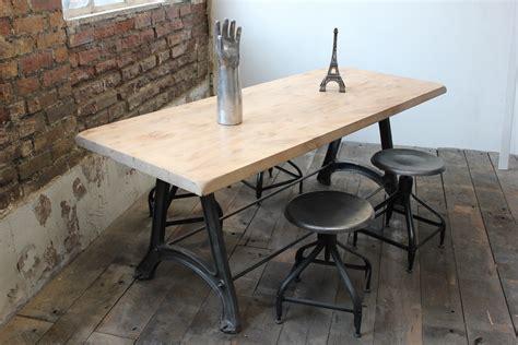 pied pour bureau plateau ancienne table ou bureau industriel pied fonte plateau