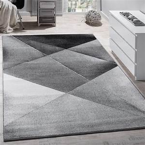 Teppich Grau Modern : designer teppich modern geometrische muster kurzflor grau schwarz wei meliert wohn und ~ Whattoseeinmadrid.com Haus und Dekorationen