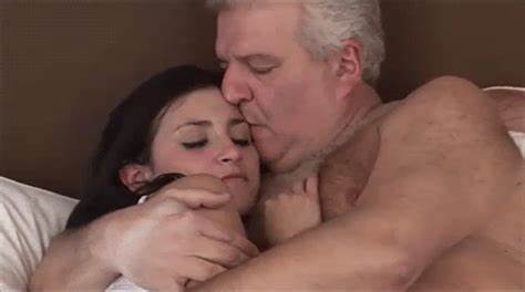 Plumper Teen Lady Drilling Very Grandpa