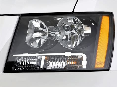image 2011 chevrolet tahoe hybrid 2wd 4 door headlight