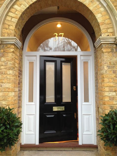 victorian  panel front door  black gloss victorian front doors arched front door black