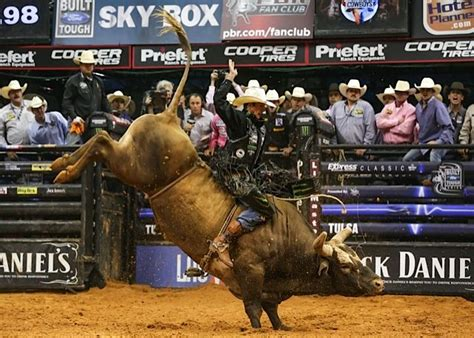 jb mauney rides bushwacker life bull riders cowboy