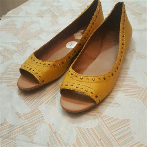 mustard colored shoes lucky brand shoes mustard yellow peep toe flats poshmark