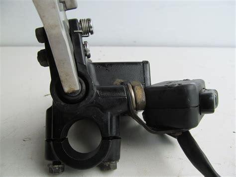 outlander   brake master cylinder
