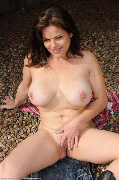 Horny all natural mature Getting Naked Outside pichunter