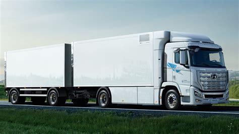 Hyundais første kommersielle hydrogenlastebiler til Europa ...