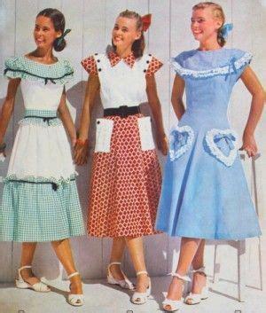1940s Teenage Fashion: Girls