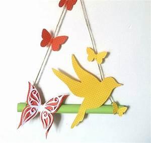 Papier Peint Papillon Oiseau : guirlande en papier fleuri papillons et fleurs fait main ~ Zukunftsfamilie.com Idées de Décoration