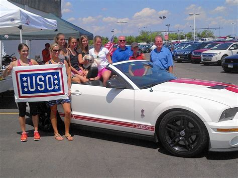 Dealers Chicago by Chicago Car Dealers Cook Up Donations For Illinois Troops