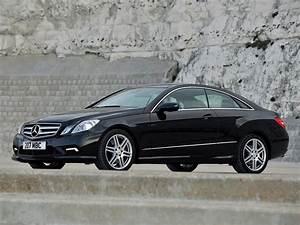 Mercedes Coupe C : mercedes benz e klasse coupe c 207 specs photos 2009 ~ Melissatoandfro.com Idées de Décoration