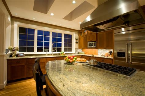 kitchen island  gas range traditional kitchen portland  designers edge kitchen bath