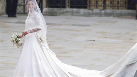 Mai zum altar führen wird, gab der kensington palast bereits bekannt. Meghan Markle: Soll ihr Hochzeitskleid wirklich 400.00 ...