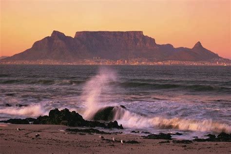 table mountain cape town south africa happy holiday holiday around the world
