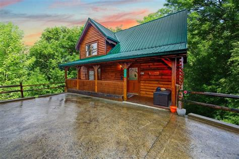 cabins of the smoky mountains gatlinburg tn 30 best images about the great smoky mountains on