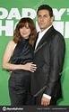 Steve Rodriguez and Linda Cardellini – Stock Editorial ...