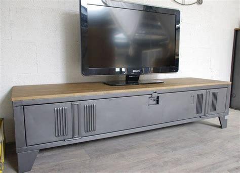 les 25 meilleures id 233 es de la cat 233 gorie meuble tv industriel sur table de tv