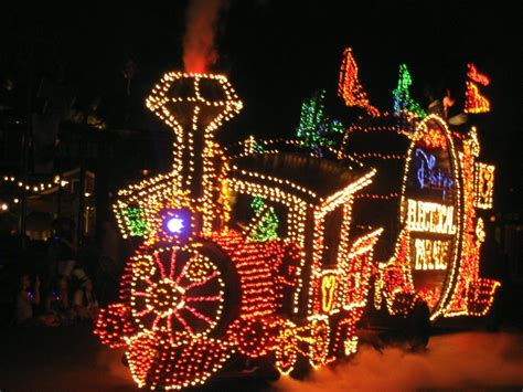 light parade disneyland electric light parade in disneyland disneyness
