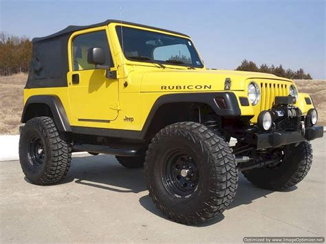 Jeep With Two Doors by Comparing The Two Door And Four Door Jeeps Which Is