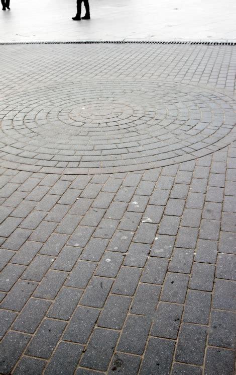 running bond brick pattern 50 brick patio patterns designs and ideas