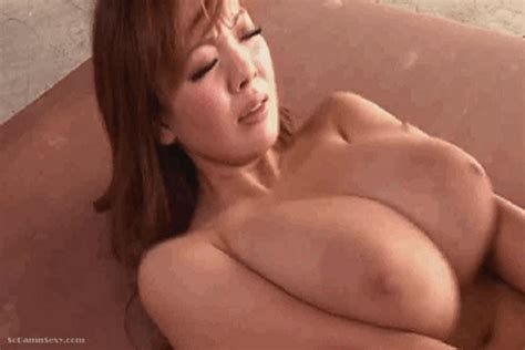 Sexy Asian Babes Boobs Bouncing As She Get Drilled