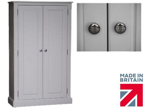 100 solid wood cupboard 5ft white painted linen