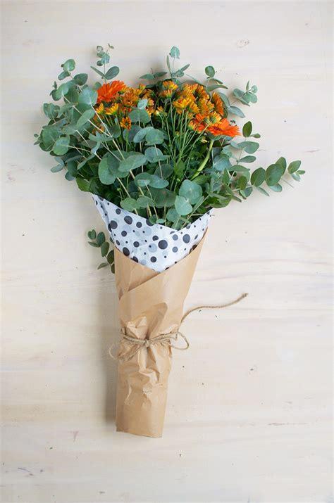 doorschijnende bloemen hoe pak je bloemen in 5 manieren a cup of life