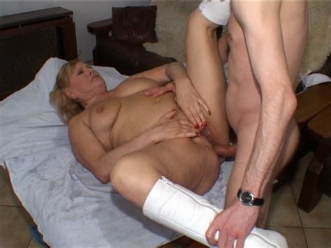 abnormal sex on slut load naked photo