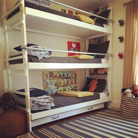 triple bunk beds  trundle