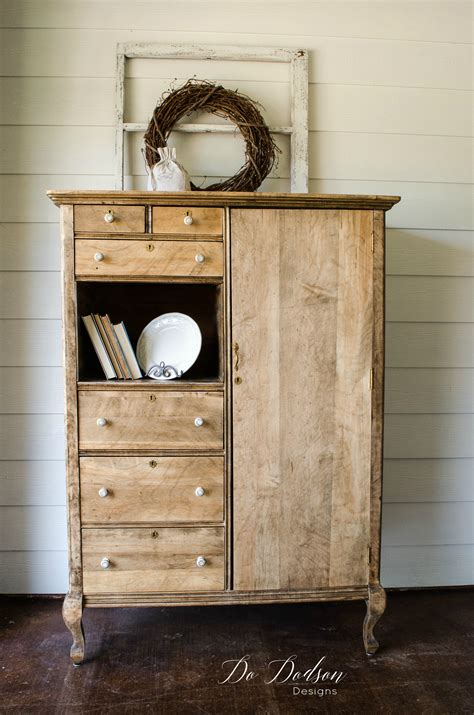 Farmhouse Style Wood Furniture