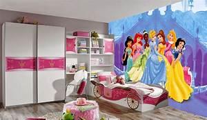 Deco Chambre Fille Princesse : chambre de fille les 12 plus belles chambres princesse ~ Teatrodelosmanantiales.com Idées de Décoration