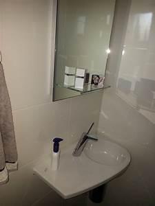 Bauhaus Gäste Wc Waschbecken : gerd nolte heizung sanit r g ste wc waschbecken mit extra ablage ~ Markanthonyermac.com Haus und Dekorationen