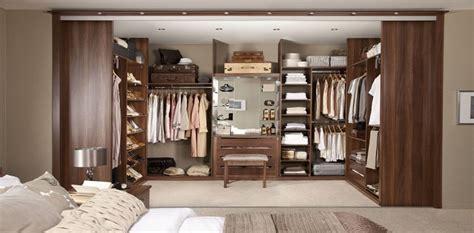 camere da letto con cabina armadio angolare camere da letto quando l armadio diventa cabina d