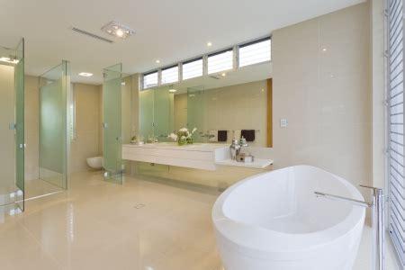 comment refaire ou r 233 nover une salle de bain carrel 233 e