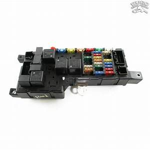 Engine Hood Fuse Relay Box Volvo Xc70 V70 S60 2001 01 02