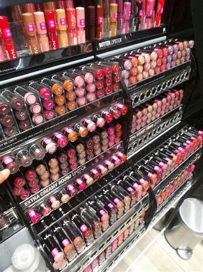 Nyx Lipstick Cosmetics Evelyn Lugo