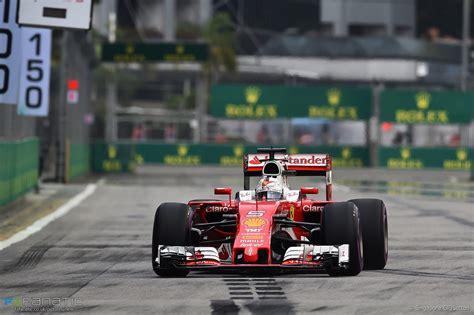 Pagina che segue le gesta in rosso di sebastian vettel. Sebastian Vettel, Ferrari, Singapore, 2016 · RaceFans