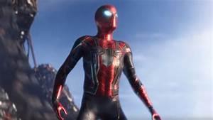 Avengers: Infinity War- Spider-Man Merch Reveals Iron Suit ...