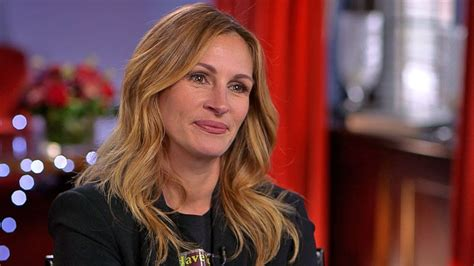 julia roberts dishes  smurfs role video abc news