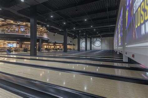 apex entertainment brunswick bowling