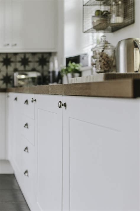 Finding The Best Paint For Kitchen Furniture To Make It