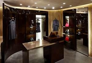 Louis Vuitton Pop Up store interior - LUXUO