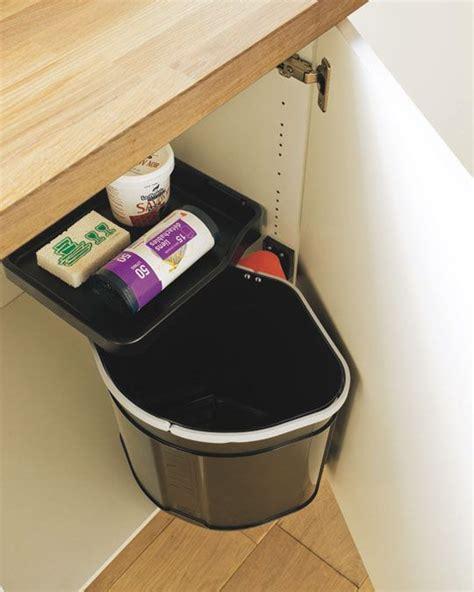 poubelle cuisine int駻ieur de porte les 25 meilleures id 233 es de la cat 233 gorie poubelle de porte