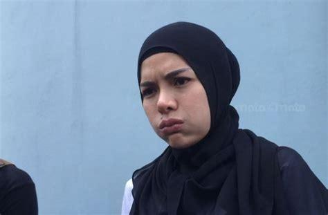 Nikita Mirzani Siap Buka Hijab Ini Klarifikasinya