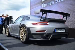 Porsche 911 Gt2 Rs 2017 : 2018 porsche 911 gt2 rs revealed at goodwood automobile magazine ~ Medecine-chirurgie-esthetiques.com Avis de Voitures