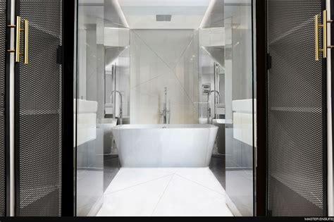 skipstophouse masterensuite png bathrooms